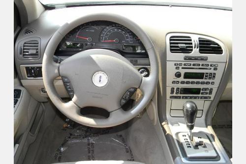 2004 Ls Interior