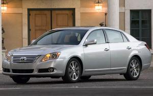 Toyota Avalon Limited Sedan (2008)