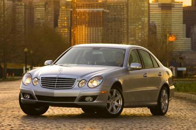 2009 mercedes benz e class review for Mercedes benz e class 2009