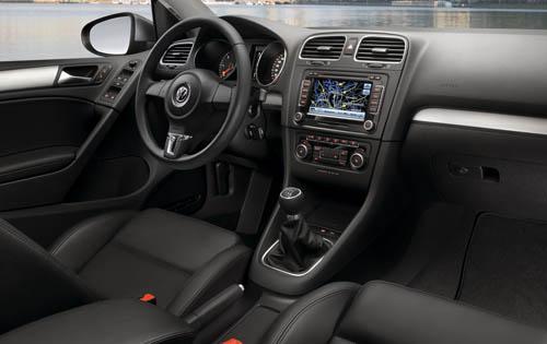 2010 Volkswagen Golf Interior