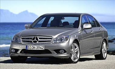 2011 Mercedes-Benz C-Class Review - C300, C350, C63 Features