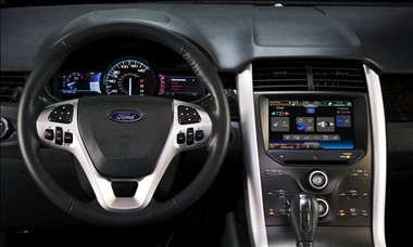 2011 Ford Edge dash