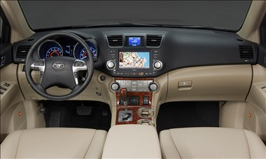 2012 Toyota Highlander interior