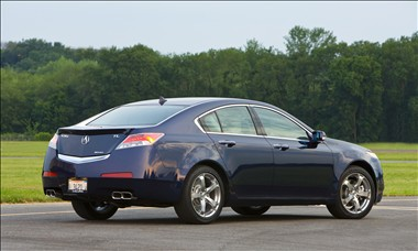 Acura on Acura Tl And Sh Awd Tl Review   New 2011 Features  Prices  Invoice