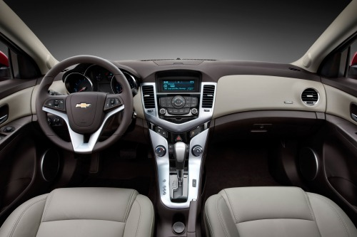 2013 Chevrolet Cruze Pros Cons Invoice Pricing Auto