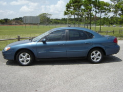 2002 Ford Taurus Pictures