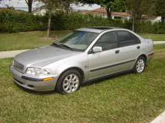 Volvo S40 Pictures